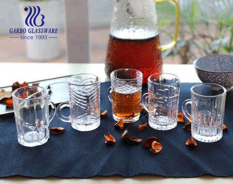 أكواب شاي زجاجية صغيرة بسعة 4 أونصات مع تصميمات نمطية أكواب زجاجية شفافة ذات مقبض