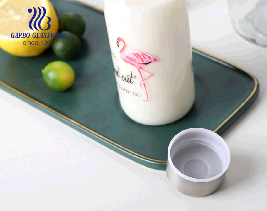 ملصق فلامنكو للزجاجة 550 مللي 1000 مللي مع غطاء قفل زجاجة زجاجية مزخرفة عصير زجاجة تخزين حليب البيرة