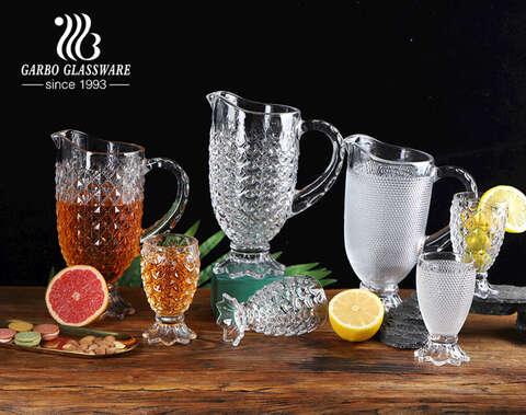 Juego de jarra de servicio para beber de agua de vidrio con diseño de cola de sirena transparente de color blanco alto de 7 piezas