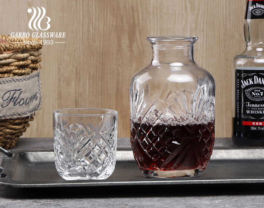 Unique shape whiskey decanter for bar use round mixing drink glass bottles for wine liquor