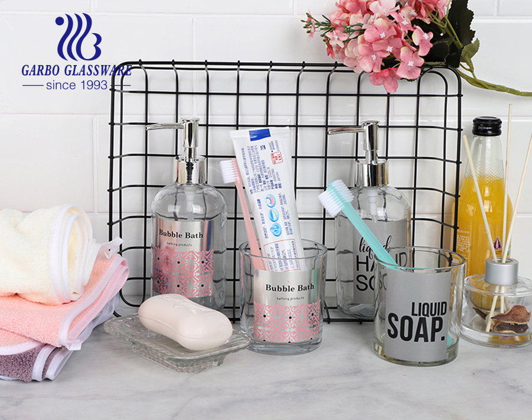 ガラス歯ブラシホルダーカップ、ガラス石鹸ディスペンサー、ガラス石鹸皿がセットになった3PCSバスルームアクセサリー
