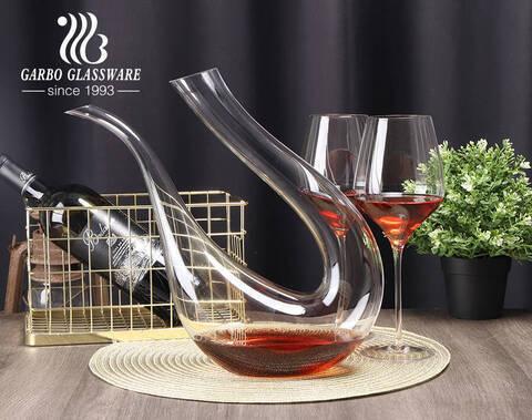 Decantadores oblicuos únicos de la forma de la arpa de la jarra del vino 1200ml de los diseños modificados para requisitos particulares