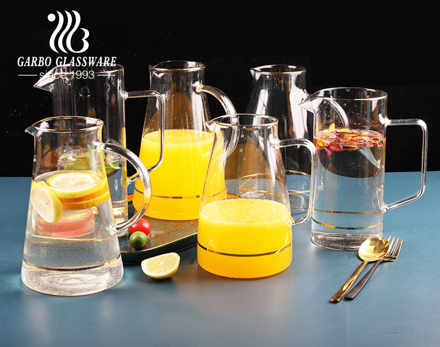 1700 Liters pyrex glass pitcher with mouth gold rim for cold beverage and clear glass boiled water pitcher with spout