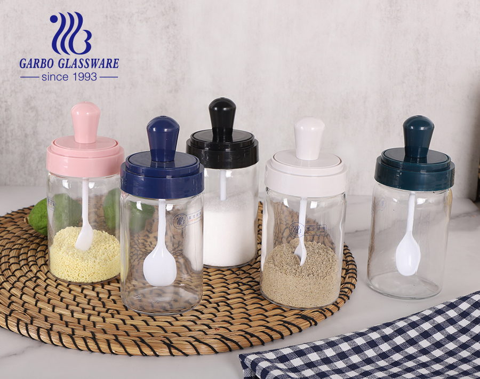 家庭とキッチン用のスプーンと蓋付きシュガーホルダージャー付き270mlガラス調味料ジャー