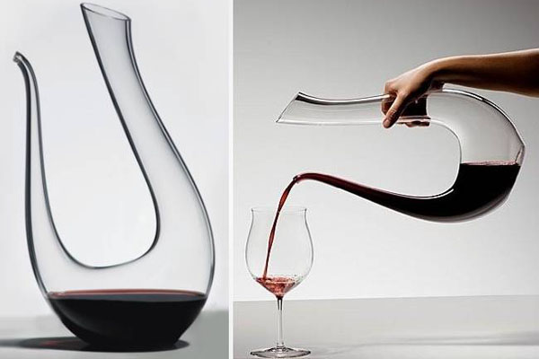 Different shapes of wine decanter