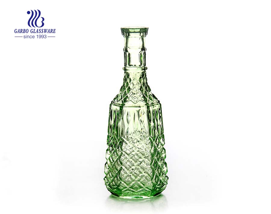 China wholesale factory 1L green colored glass decanter with lid
