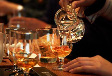 Seven small ways of drinking whisky