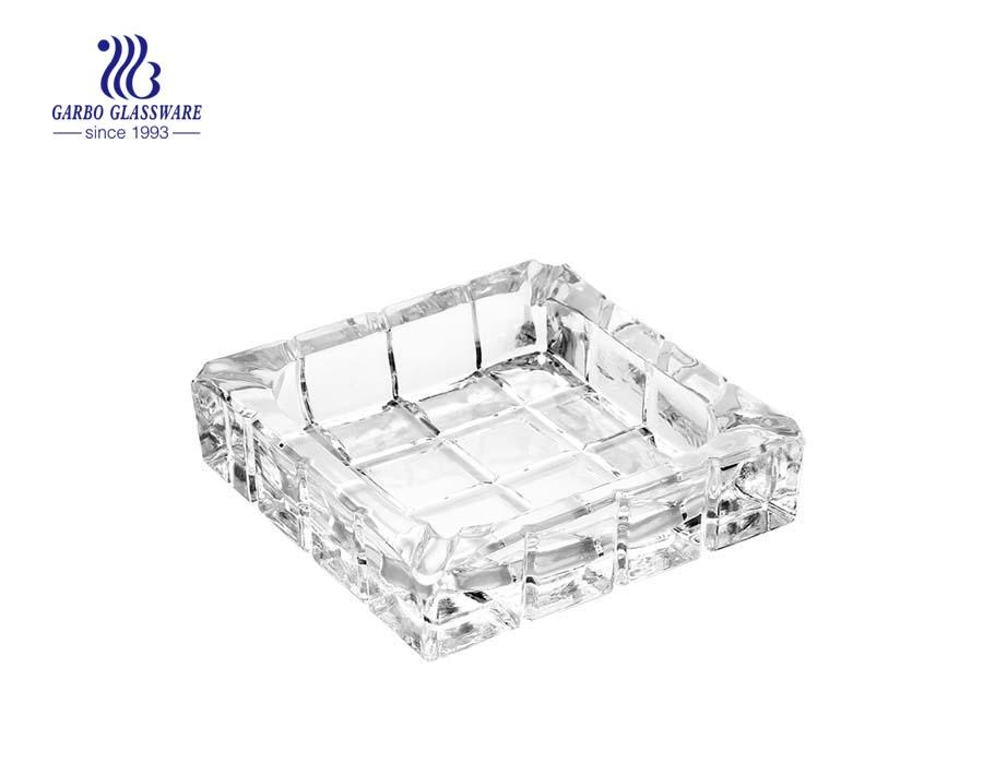 Gạt tàn thủy tinh thiết kế cổ điển vuông
