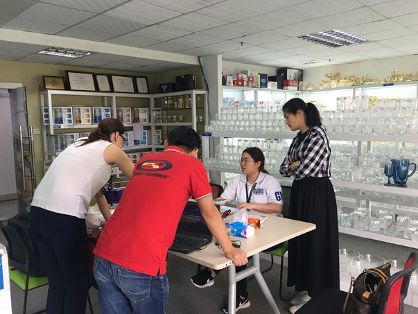 Customers visit Garbo Showroom and office after fair