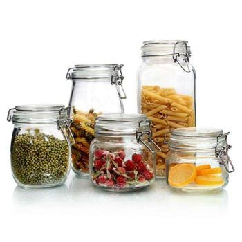 Glass storage jar makes life clean and comfortable