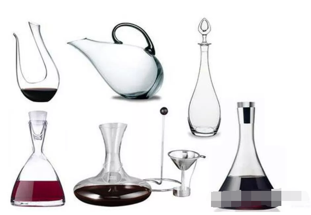 the shape of glass decanters