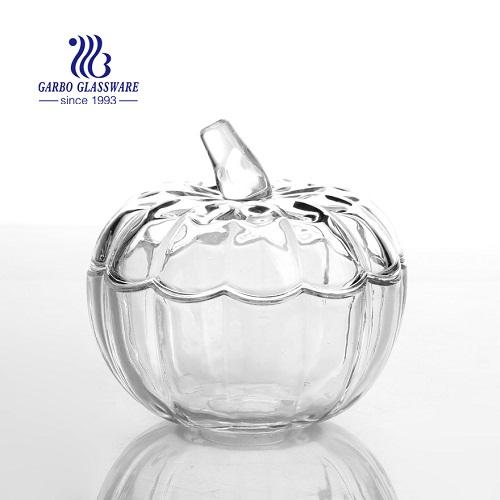 الأواني الزجاجية لمهرجان الهالوين