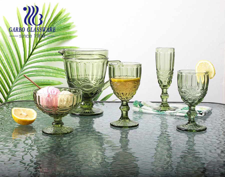 10oz hot sale and classic wine goblet with stock solid color for home and party using
