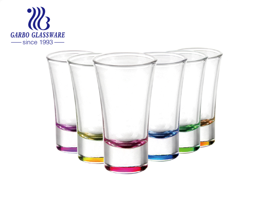 ¿Qué son los vasos de chupito populares? Bienvenido a Garbo Decal Spray Good Design Shot Glass.