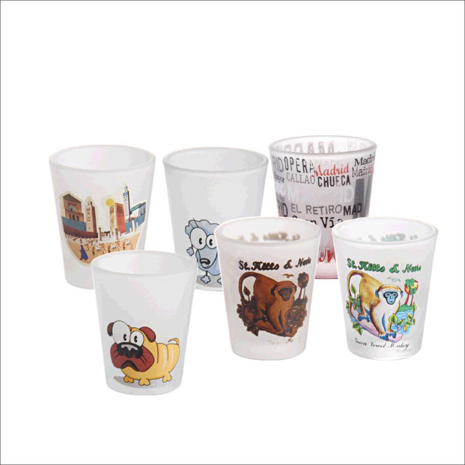 人気のショットグラスカップとは何ですか? ガルボデカールスプレーグッドデザインショットグラスへようこそ。