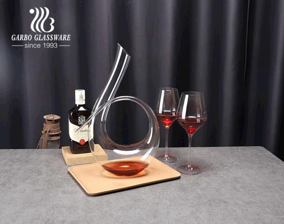 Bộ phụ kiện bình tách rượu vang đỏ bằng thủy tinh pha lê không chì chất lượng cao thổi bằng tay với ly cho khách sạn quán bar