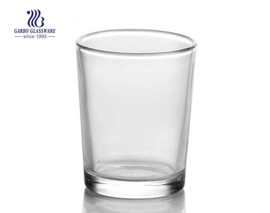 copo de vidro barato da água e do chá 100ml