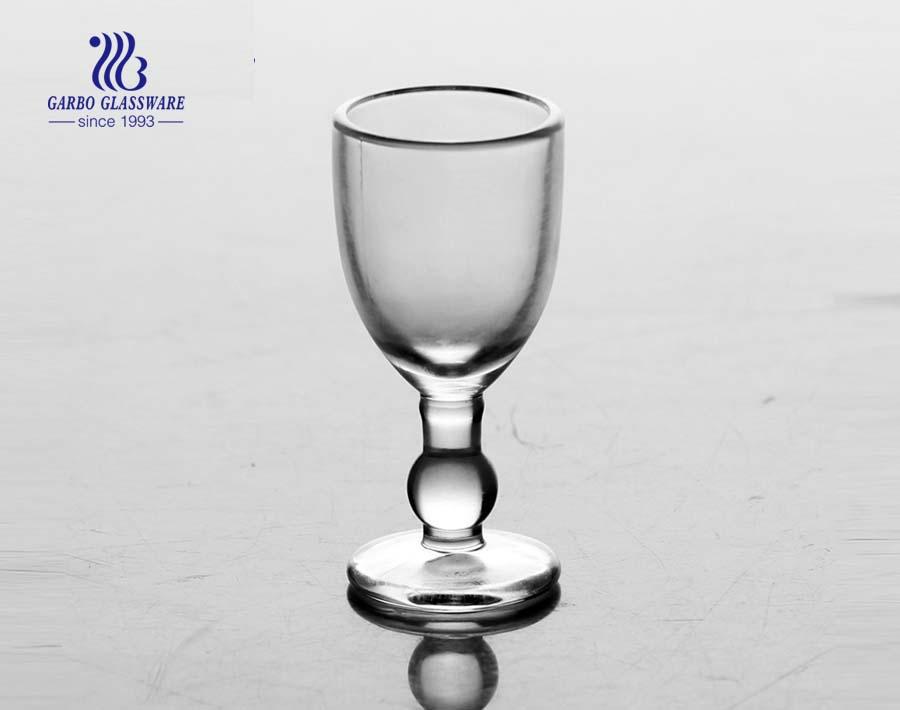 27ml Klarer kleiner Glasweinbecher