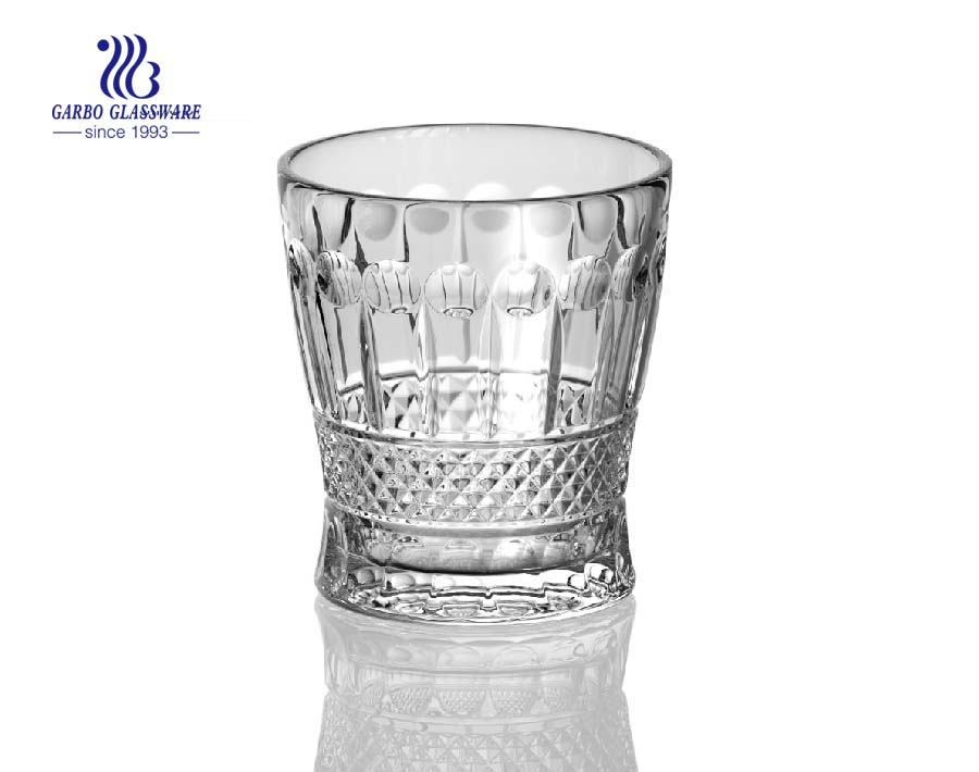 Hot new arrival glass whisky tumblers with new designs
