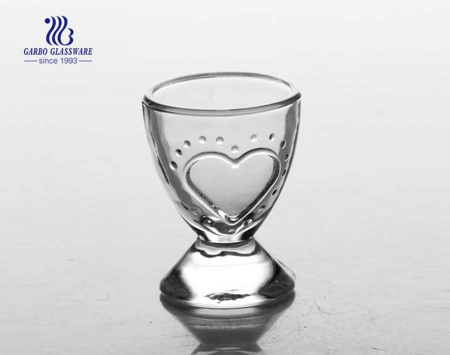 1.5oz Handmade shot glass with heard shape design