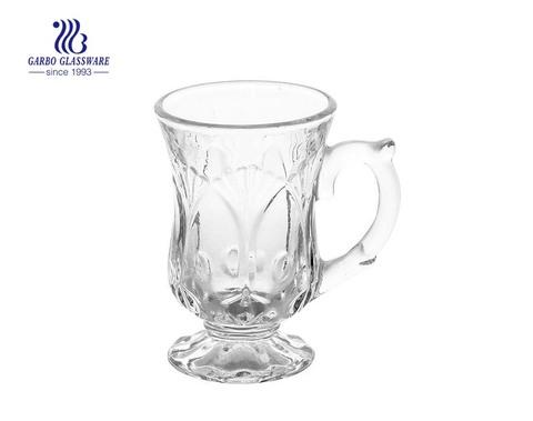 ensemble de verres tasse à café en verre avec pied