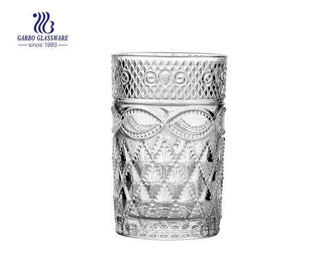 Copos de copos de vidro gravados em árabe para beber café com chá