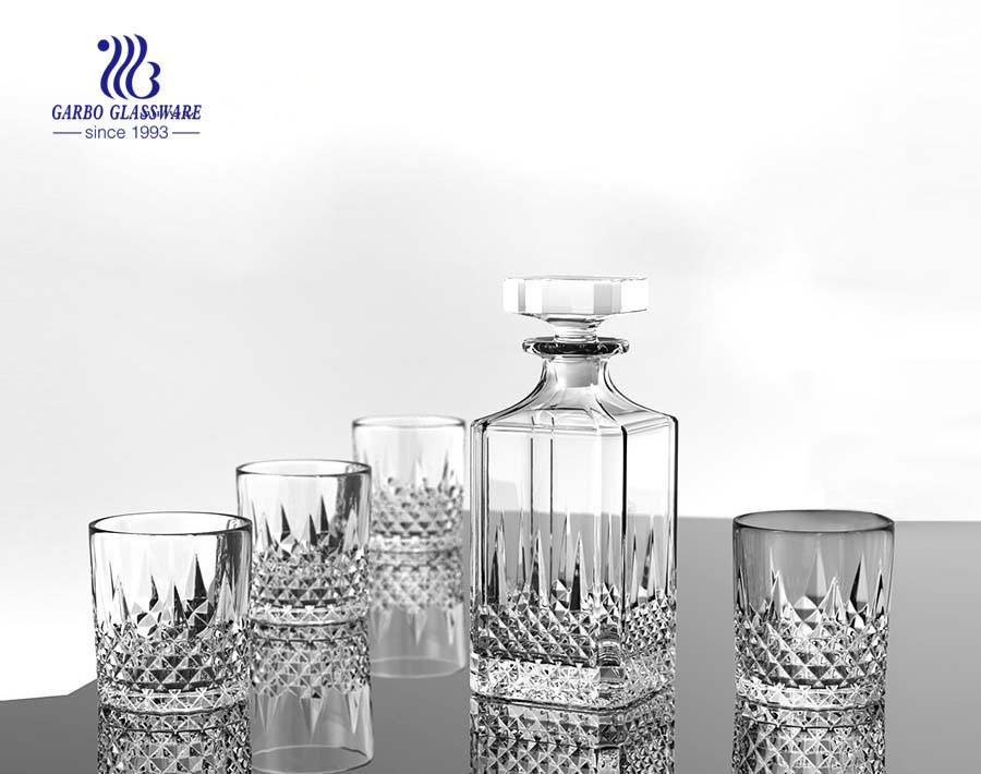 high quality custom glass whiskey decanter set produce