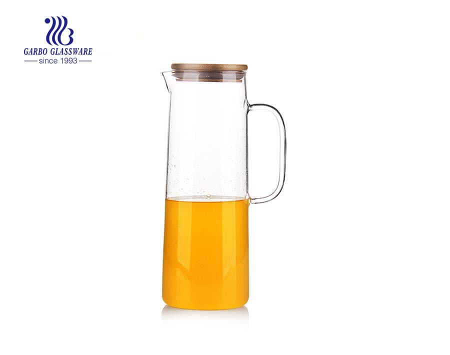 750ML Pyrex glass bottle with round pine lid