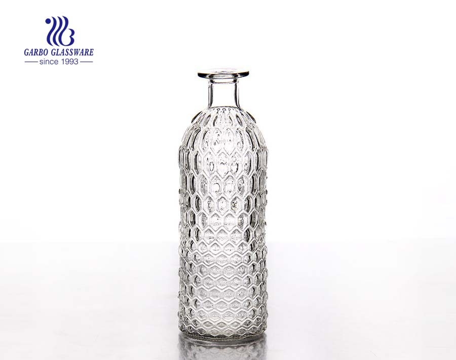 China produce cheap 1L colored glass decanter