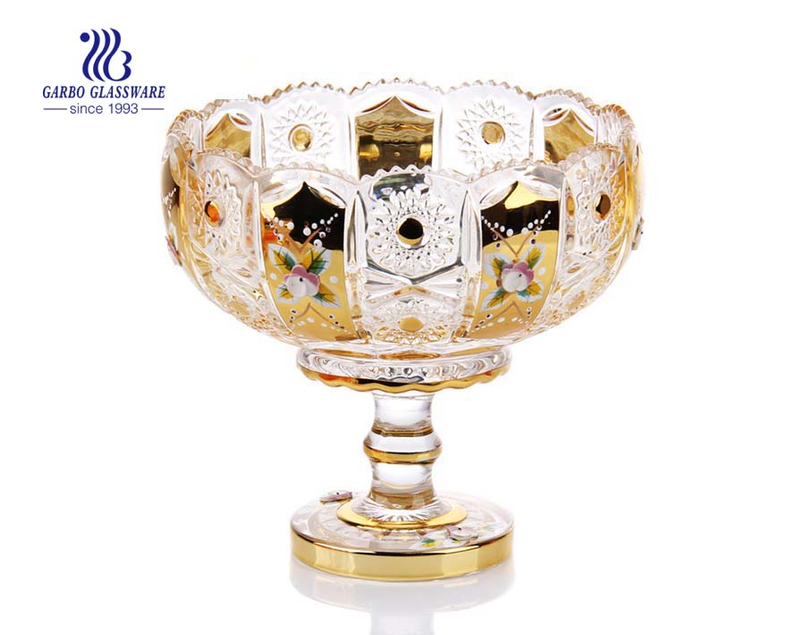 7.01'' Glass Vasa with Golden Planting & Ceramic flower