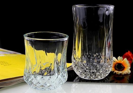 Why do glassware have bubbles?