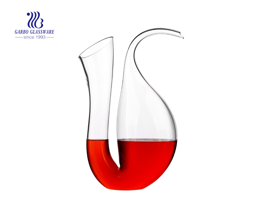 U Shaped Garbo Manufacturer Glass Wine Decanters