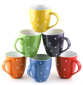 Garbo not only has many kinds of glasseware, but also has ceramic cups that makes you fall in love