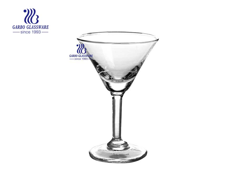 Cálice de vinho de cristal de vidro de produto novo