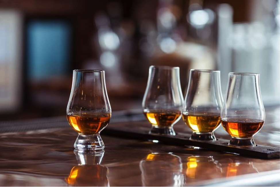 How to pick a whisky glass correctly