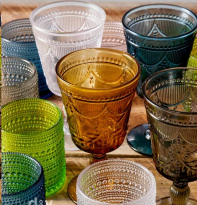 How to make colored glassware? Is it safe to use?