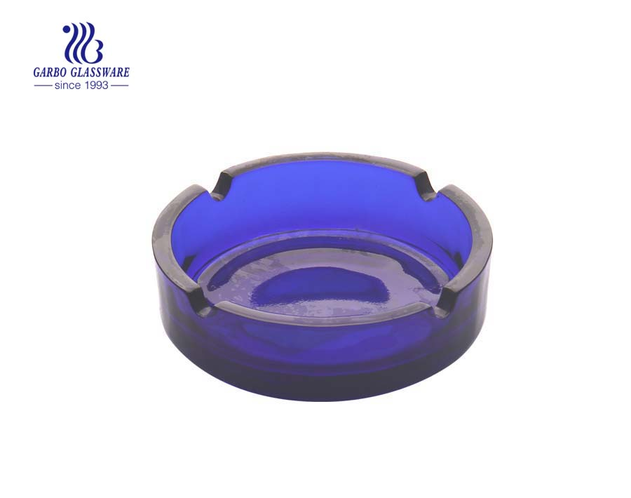 New material opal glass ashtray in round shape with high quality