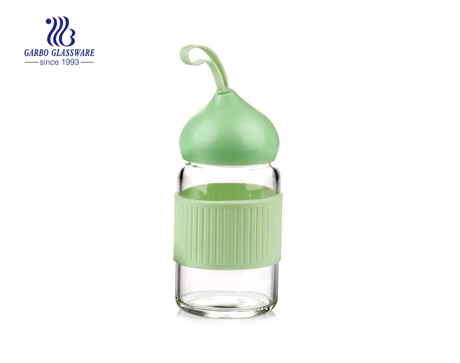 Garrafa de água de vidro dos esportes do pirex 280ml encantador com luva isolada