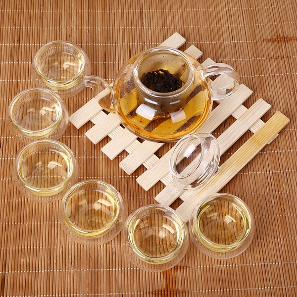 What are the techniques for making tea in a glass tea set