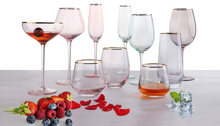 Schöne rosa Serie VS schwarz und coole Serie Glaswaren