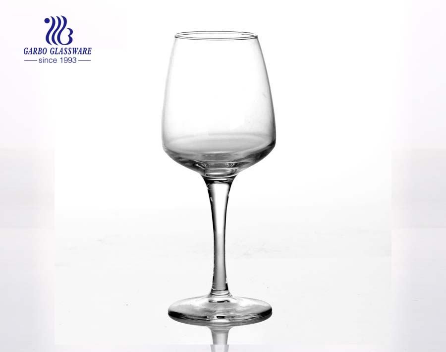 crystal glass stemmed wine glass with high end gold foil