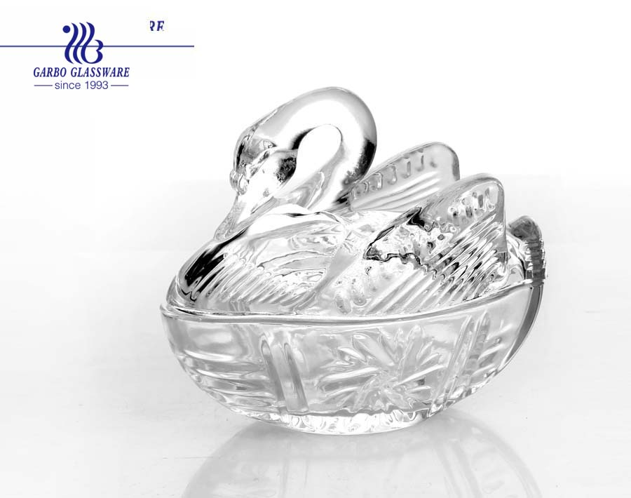 New design swan glass wedding jars with lid candy nuts glass jars