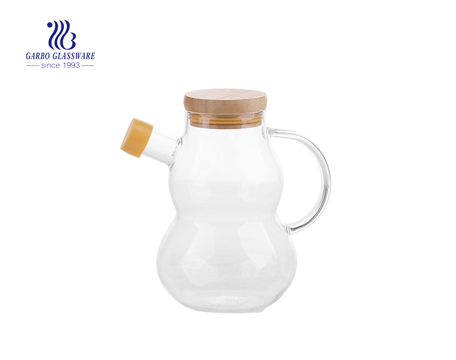 Wholesale custom hand made 20oz pyrex glass cruet with bamboo  lid