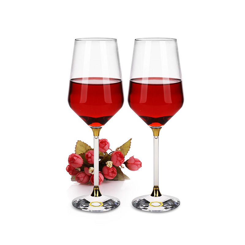 Do you know how to choose a good quality red wine glass cup