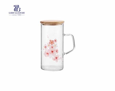 Atacado 11 oz tampa de bambu flor decoratived copo de vidro de borosilicato com alça