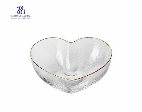 Ensaladera de vidrio en forma de calor blanco claro para pedido de regalo
