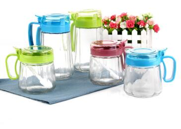 How to choose a good material condiment jar  for kitchen use?