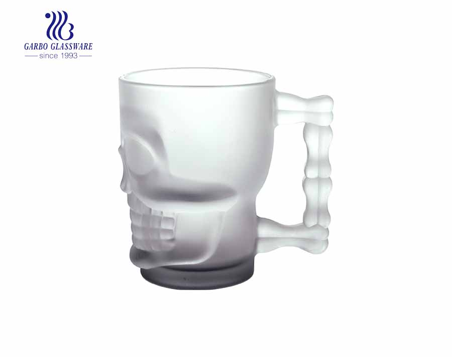 Brazil dimpled mug hot selling skull shape glass beer mug