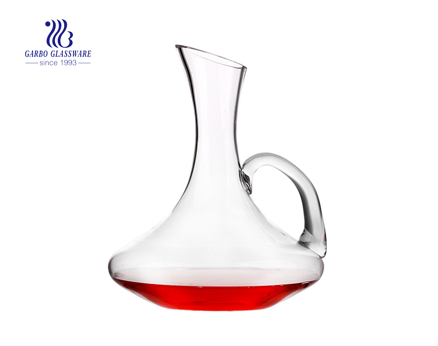 2.1 Liters U Shaped Red Wine Glass Decanter Hand Blown Penguin Shaped Decanter