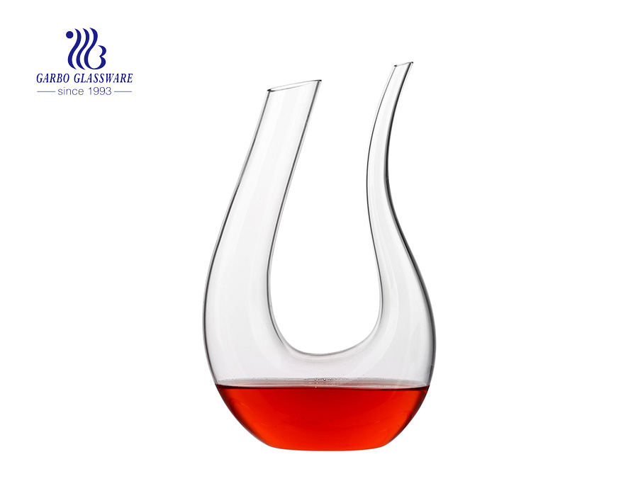 1.75 Liters Hand Blown U Shaped Red Wine Glass Decanter For Wholesale